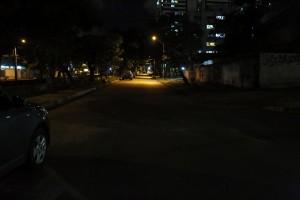Priscila grava sobre iluminação